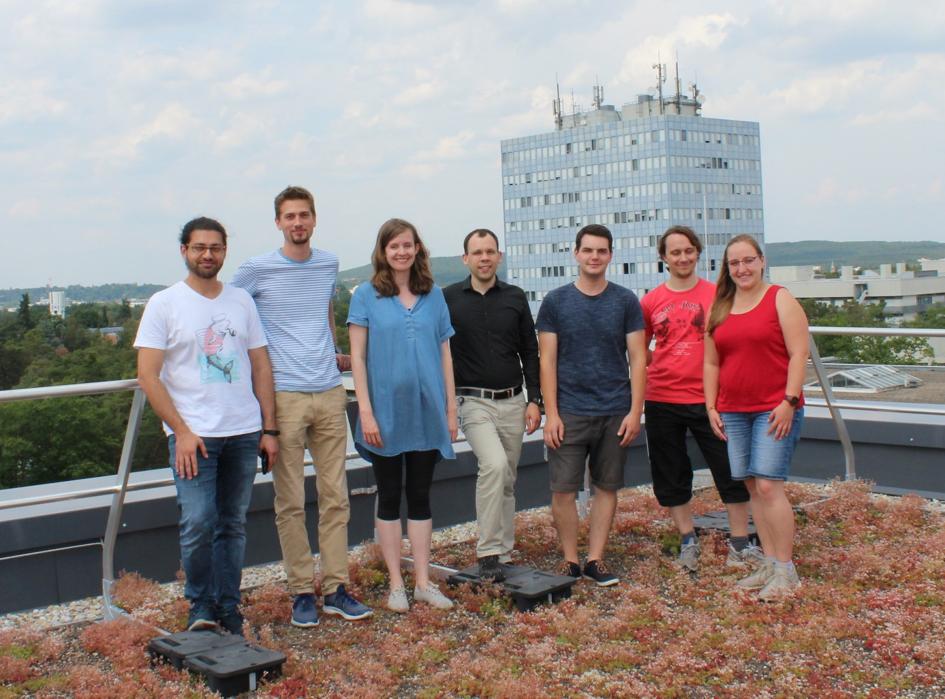 Photo Nanomechanics and Atom Probe team at IZNF